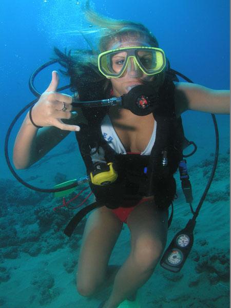 Diver White Red Bikini 2
